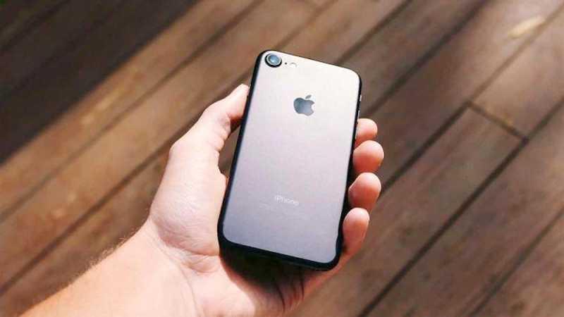 $500 млн за медленные айфоны