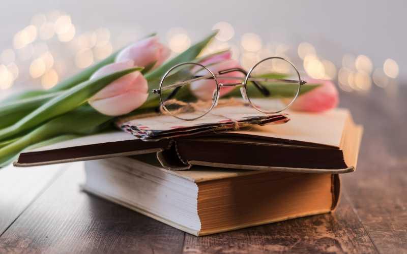 Топ-12 самых ожидаемых книг марта