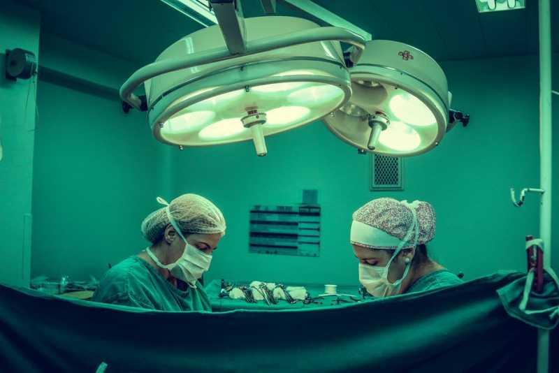 Медицинские процедуры, которые практикуются уже многие века и даже тысячелетия