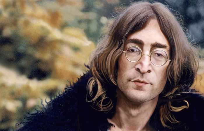 Что читают звёзды: 10 любимых произведений Джона Леннона