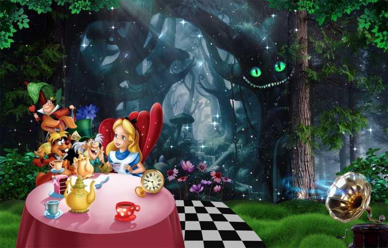 За что в Китае запретили «Алису в Стране чудес»?