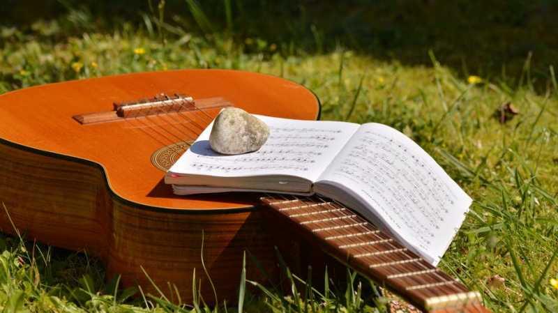20 грамматических и фактических ошибок, которые мы не замечали в песнях любимых исполнителей