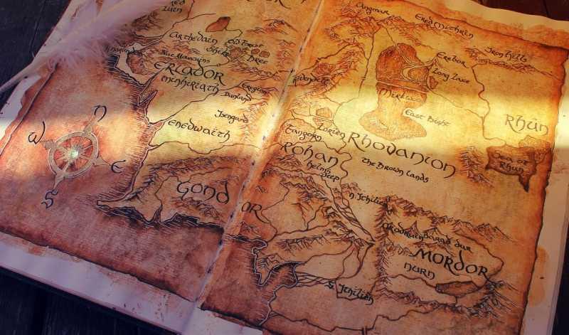 В каком порядке читать книги Толкина?