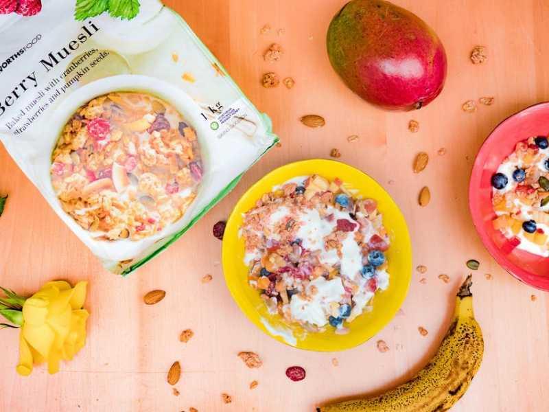 Идеальный завтрак: полезные и быстрые холодные блюда с кефиром