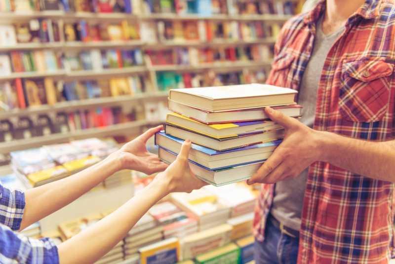Топ-7 самых ожидаемых книг июня