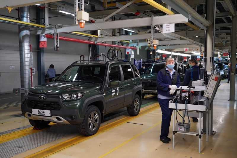 Блогер рассказал всю правду о новой Lada Niva Travel