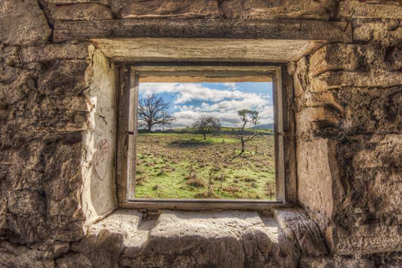 Окна, из которых не смотрели уже более 200 лет