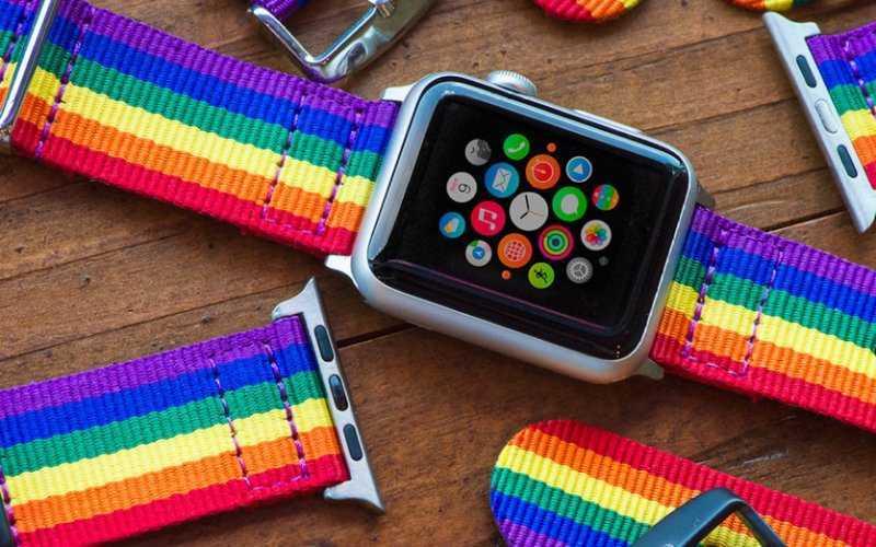 Москвич подал в суд на Apple за «доведение до гомосексуализма»