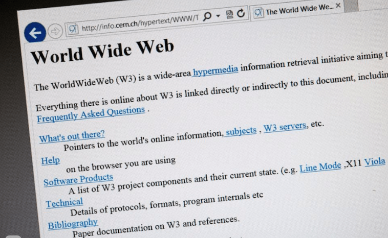 Кто придумал первый сайт в интернете