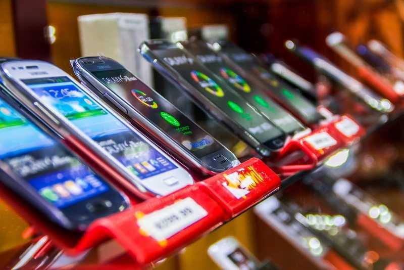Какой смартфон до 10000 рублей лучше выбрать?