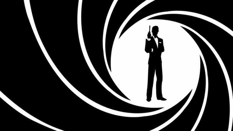 Книжный герой Джеймс Бонд