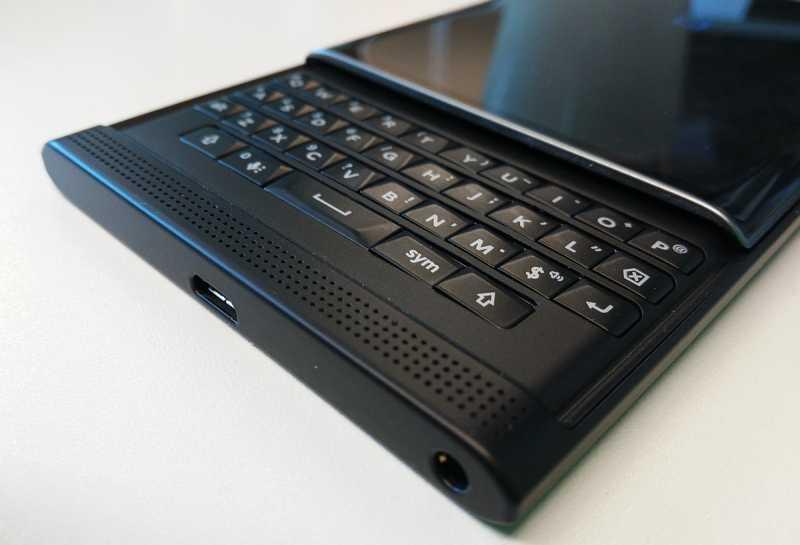 Производство смартфонов BlackBerry прекратится в 2020 году
