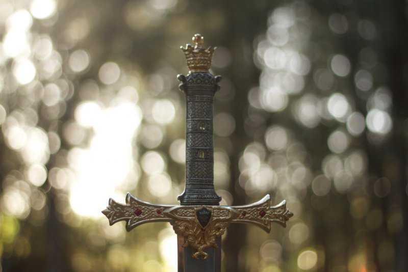 История фразеологизма «Дамоклов меч»