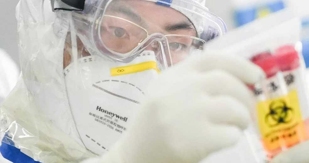 Первый в мире человек заразился птичьим гриппом H10N3 в Китае