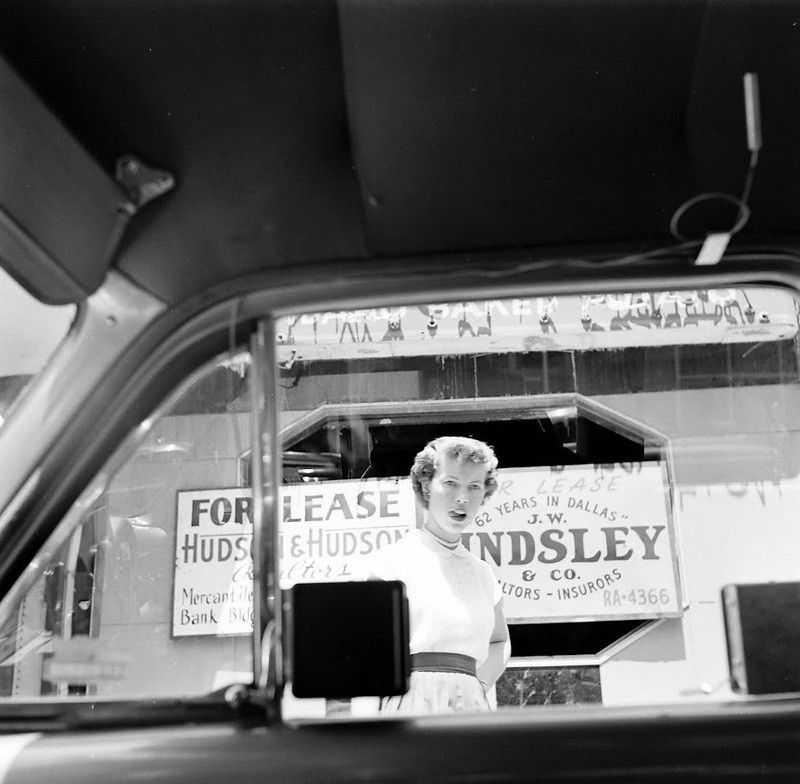 1952 ford air conditioner 7 - Холодный воздух навынос: как охлаждали автомобили до эпохи кондиционеров