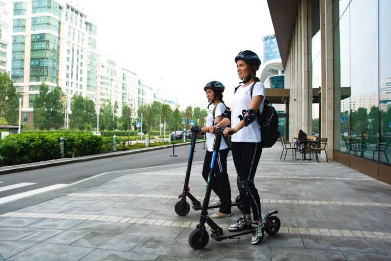 Пешеходы смогут застраховаться от столкновения с электросамокатами