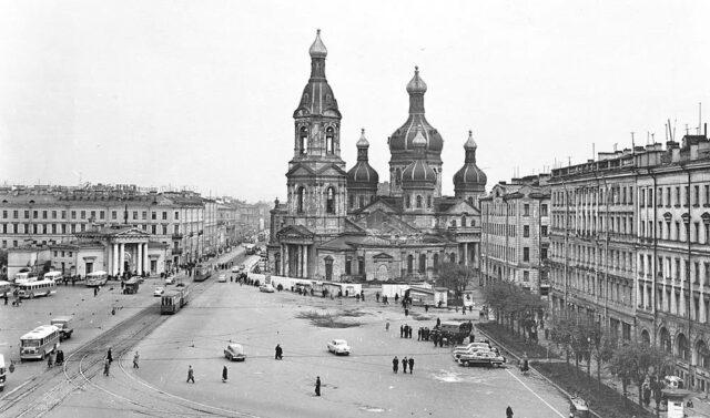 czerkvi 2 640x377 1 - Памяти убитых церквей: как Советский Союз расправлялся схрамами ивкаких изних можно было плавать, жить или слушать рок