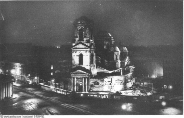 czerkvi 3 640x412 1 - Памяти убитых церквей: как Советский Союз расправлялся схрамами ивкаких изних можно было плавать, жить или слушать рок