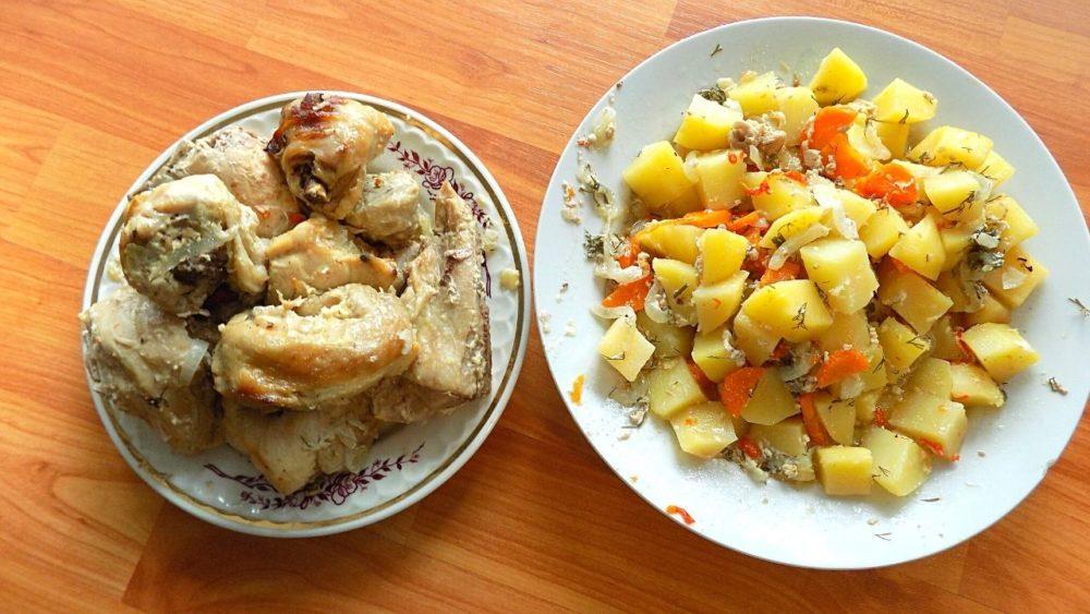 Тушеная курица в духовке в собственном соку с овощами