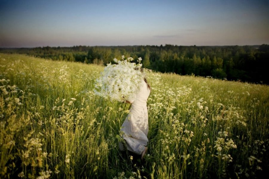 solnczestoyanie 5 1024x683 1 - Солнцестояние: прыжки через костер идругие языческие обряды— вобъективе норвежского фотографа