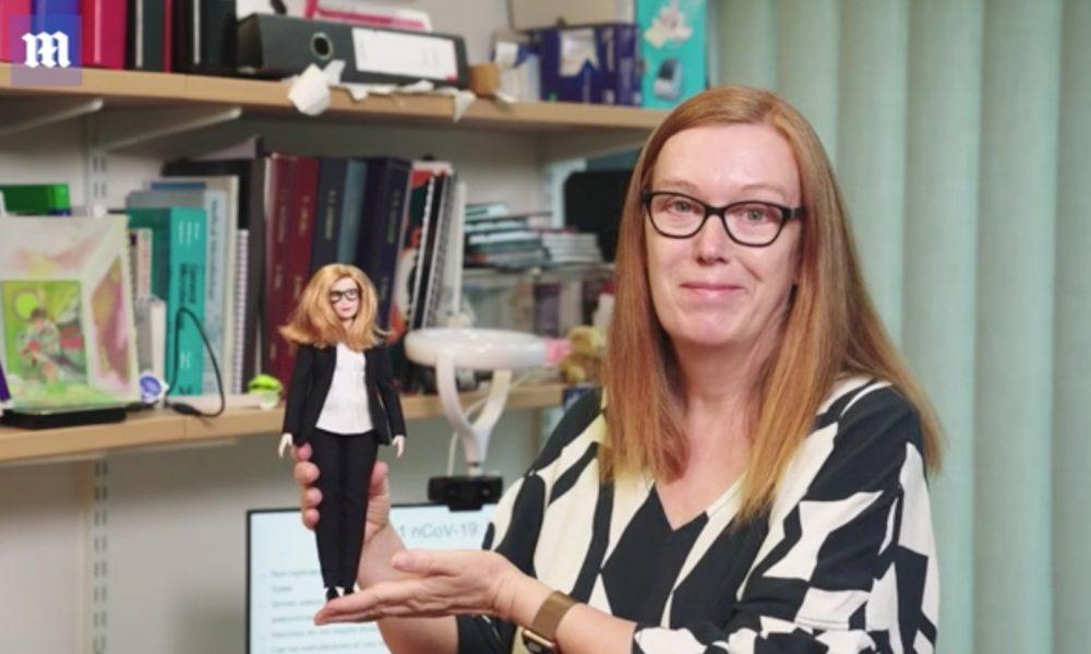 Создательница вакцины AstraZeneca стала прототипом новой куклы Барби