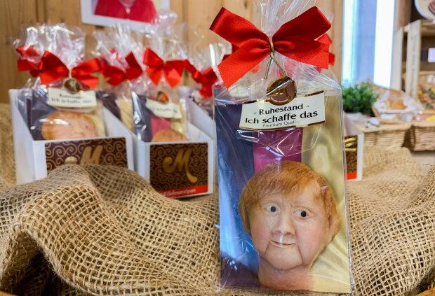 В Германии начали продавать марципаны в форме головы Ангелы Меркель