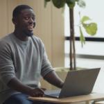 Intel выпустила рекламный ролик, высмеивающий поклонников Apple